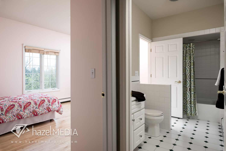Residential_Bedroom_Bathroom