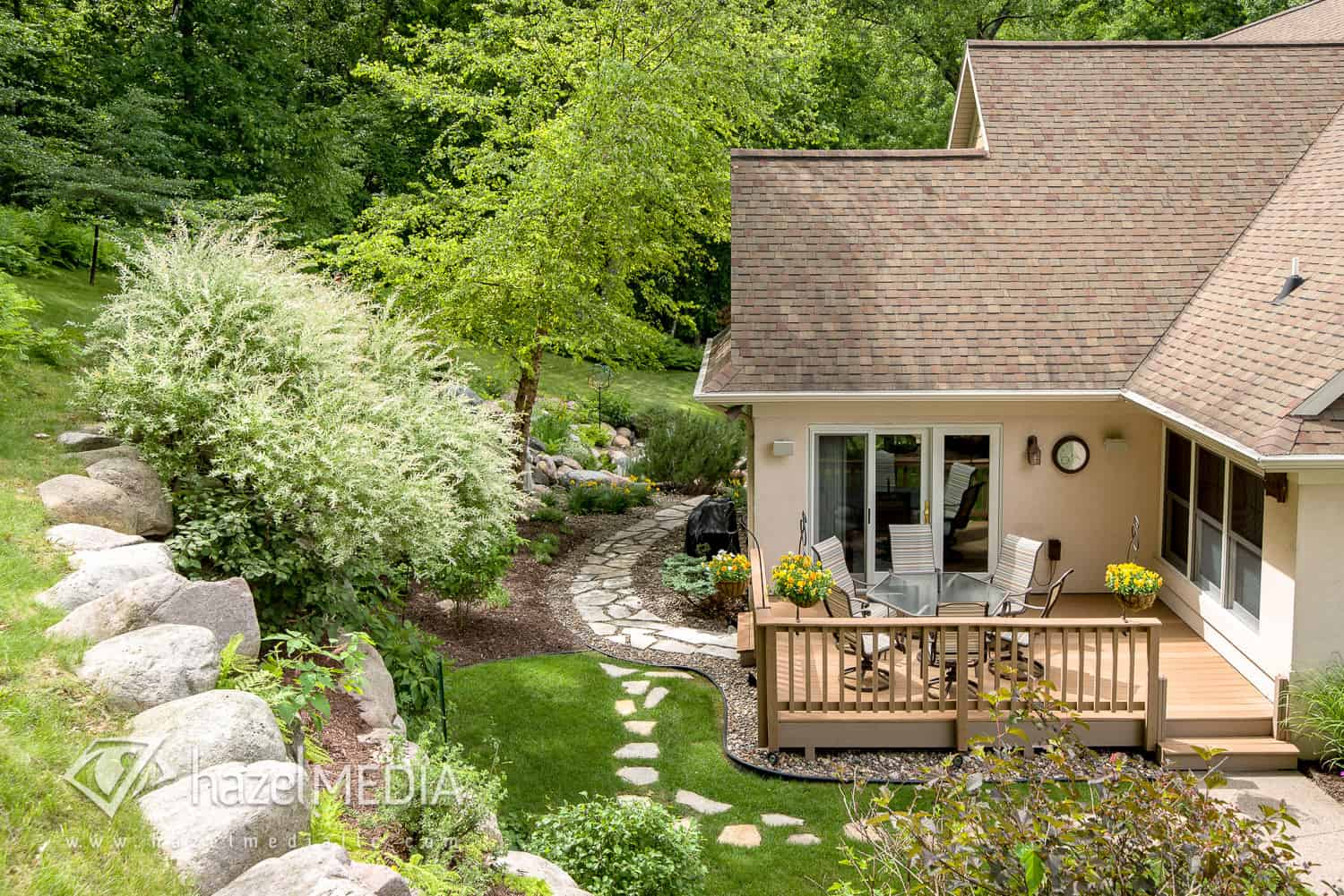 Residential_Exterior_Landscaping