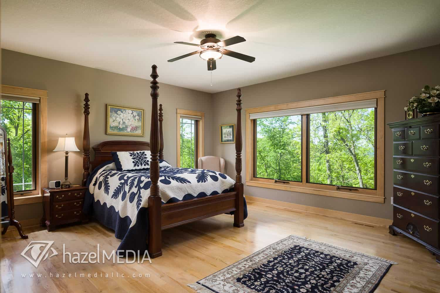 Residential_Master_Bedroom_Post_Bed